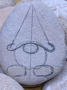 Rock Painting Patterns, Rock Painting Ideas Easy, Rock Painting Designs, Pebble Painting, Pebble Art, Stone Painting, Stone Crafts, Rock Crafts, Christmas Crafts