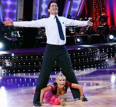 Kym Johnson & Mark Cuban dance the Samba.