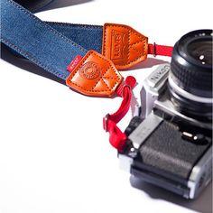 Levi's Jeans Denim Camera Strap (via http://www.petapixel.com)