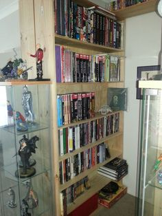 A picture's worth a thousand words in this Shelf Porn collection - Robot 6 @ Comic Book ResourcesRobot 6 @ Comic Book Resources