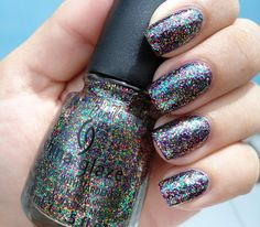Glitter all the way - 40 Examples of Elegant Nail Art  <3 <3