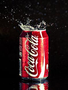 Coca Cola Zero, Coca Cola Can, Always Coca Cola, World Of Coca Cola, Coca Cola Bottles, Pepsi Cola, Splash Fotografia, Coca Cola Pictures, Vintage Coca Cola