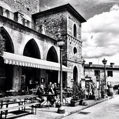 Scenes from #Umbria #Italy -- the lovely town of Bevagna!  SO ITALIAN!