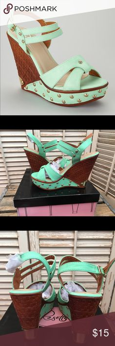 Mint Wedge Sandals-NIB Size 7 From a smoke and pet free home, NIB size 7 Rosette Shoes Wedges