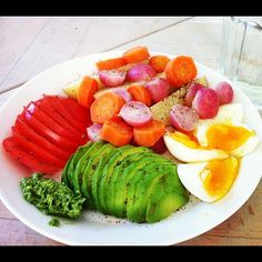 Vegetable medley and boiled eggs! Healthy Eating Recipes, Healthy Meal Prep, Nutritious Meals, Raw Food Recipes, Wine Recipes, Healthy Snacks, Vegetarian Recipes, Salad Recipes, Health Lunches