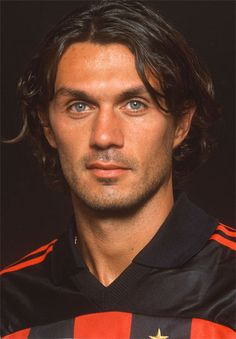 Legends Football, Football Icon, Arsenal Football, Football Memes, Ac Milan, Paolo Maldini, Non Plus Ultra, My Dream Team, European Football