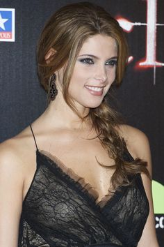 Model Ashley Greene pinner George Pin is part of Ashley greene - Beautiful Girl Image, Beautiful Smile, Gorgeous Women, Girl Face, Woman Face, Beautiful Celebrities, Beautiful Actresses, Brunette Beauty, Pretty Face