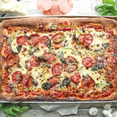 I can't even tell you how many amazing memories of my childhood were brought back while making this super delicious Homemade Sheet Pan Pizza Recipe! The Effective Pictures We Offer You About sausage pizza recipes A quality picture can tell you many thin Pizza Recipe No Yeast, Sheet Pan Pizza Recipe, Sheet Pizza, Pizza Pizza, Crust Recipe, Make A Pizza, Fresh Tomato Bread Recipe, White Pizza Recipe Spinach, Making Pizza At Home