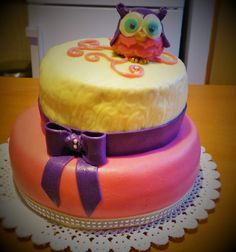 Cake for Whoo?! Cake for friends :)
