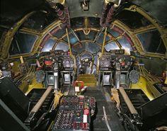09 cockpit avion EnolaGay 870x685 21 cockpits davions