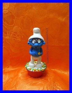 Brainy smurf cupcake