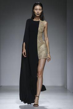 Aiisha Ramadan Fashion Show Ready to Wear Collection Spring Summer 2017 in Dubai