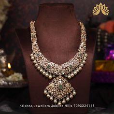 Jewelry Design Earrings, Gold Earrings Designs, Gold Jewellery Design, Diamond Jewellery, Necklace Designs, Indian Gold Jewelry, Gold Jewelry Simple, Indian Wedding Jewelry, Bridal Jewelry