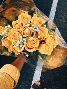 Discovered by ����� 🌚🎈. Find images and videos about pretty, aesthetic and flowers on We Heart It - the app to get lost in what you love. My Flower, Yellow Flowers, Wild Flowers, Beautiful Flowers, Fresh Flowers, Cactus Flower, Exotic Flowers, Floral Flowers, Beautiful People