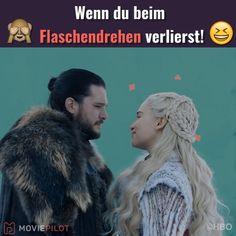 game of thrones Jon Snow hat beim Flaschendrehen verloren und das ist das Ergebnis! Jon Snow And Daenerys, Jon Snow And Ygritte, Game Of Throne Daenerys, Jon Snow Daenerys Targaryen, Dany And Jon, Game Of Throne Actors, Game Of Thrones Meme, Arte Game Of Thrones, Kit Harington