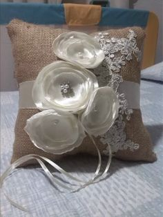 Almohada porta anillos. Para boda. ~ MEC Accessories and Hand Crafting