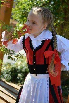 Costumes, Traditional, Red, Black, Dresses, Fashion, Black People, Vestidos, Moda