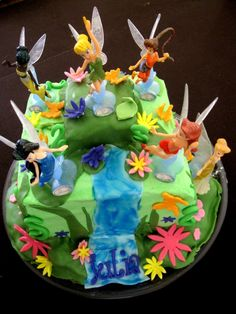 Pixie Hollow cake. Tinkerbell and her fairy friends.
