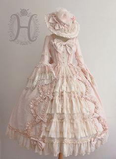 Henrietta -The Romantic- Vintage Classic Lolita OP Dress - Limited Round 2 Preorder,Lolita Dresses, Old Fashion Dresses, Old Dresses, Vintage Dresses, Vintage Outfits, Girls Dresses, Victorian Era Dresses, Pretty Outfits, Pretty Dresses, Beautiful Dresses
