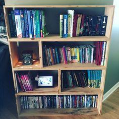 Bookshelf made of cypress