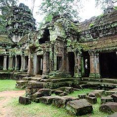 Parque Arqueológico de Angkor #cambodia #camboya #angkor #park #arqueology #asia #traveler #traveling #travelgram #instatravel #place #placeofworld #wonderful #wonderfulplaces #beautifuldestinations #rtw #roadtrip #trip #viajeros #viajando #viaja #viaje #beautifulpic #lugares #lugaresmaravilloss #viajaporelmundoweb #travel #traveler #natural #nickisix360 #elmundito