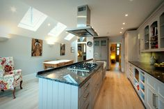Specialists in Side Return Extensions, Loft Conversions and Basements across London Shaker Kitchen, New Kitchen, Kitchen Ideas, Kitchen Interior, Kitchen Design, Side Return Extension, Rear Extension, Edwardian House, Victorian Terrace