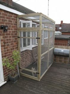 cat outdoor enclosures --we are building one of these in spring for Roadie!!!