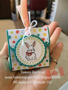 Tamara's Paper Trail: Bubbles and Fizz Easter Treats treats packaging Easter Treats, Easter Gift, Easter Party, Easter Decor, Birthday Gifts For Girlfriend, Husband Birthday, Treat Holder, Treat Box, Easter Projects