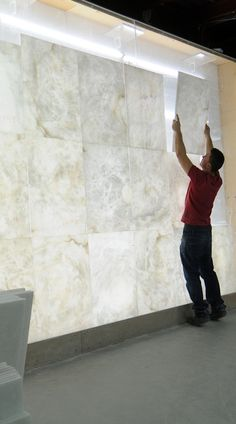 concept SOLO alabaster element : choice of the alabaster on our light wall