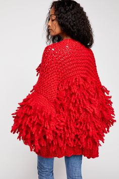 This beautiful red merino wool knit sweater coat from Loopy Mango, is embellished with allover statement fringe detailing. Hippie Style, Bohemian Style, Boho Chic, My Style, Crochet Fringe, Crochet Top, Fringe Sweater, Sweater Coats, Vintage Inspired