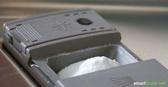 Mit dieser Anleitung stellst du dein eigenes Spülmittel für den Geschirrspüler her. Einfach, schnell und günstig!