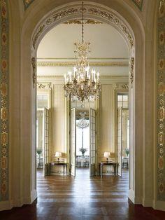 シャングリ・ラ ホテル パリ (Shangri-La Hotel Paris) - ホテルズドットコム ジャパン | Hotels.com - Japan