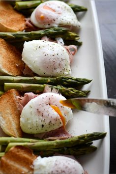 """""""Perfect poached eggs are one of life's simple pleasuresand easier than you think to get right""""Jamie Oliver"""