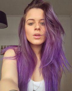 Colored purple hair / Andressa Almeida/ cabelo colorido roxo