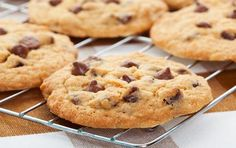 Looking for a great Chocolate Chip Cookies recipe? Get family cooking recipes to make with kids and adults and recipes for homemade Chocolate Chip Cookies.
