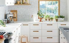 SEKTION/MÄRSTA Armoires de cuisine à façades blanche