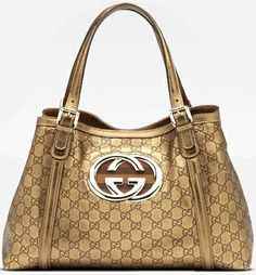 http://www.wholesalereplicadesignerbags.com/wholesale-gucci-handbags?sort=2d=2   2013 NEW ARRIVAL fashion GUCCI handbags ONLINE OUTLET, LARGE DISCOUNT fashion brand GUCCI Handbags free shipping around the world