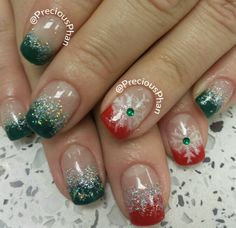 Ombre green and red christmas nails