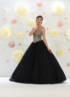 Quinceanera dresses, decorations, tiaras, favors, and supplies for your quinceanera! Many quinceanera dresses to choose from! Quinceanera packages and many accessories available! Sexy Dresses, Mob Dresses, Stylish Dresses, Homecoming Dresses, Formal Dresses, Dress Prom, Black Quinceanera Dresses, Cruise Dress, Prom Long