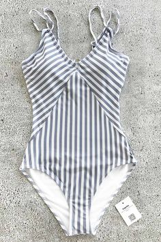 5916f512 Trending Swimwear 2018 Picture Description Beach travel so easy just like  go swimming in pools~ The only inevitable necessity you lack is a vintage