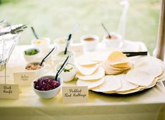 4 Can't-Pass-Up Food Bar Ideas You Need for Your Wedding Buffet - Brit + Co Cake Trends, Food Trends, Mexican Appetizers, Mexican Food Recipes, Indian Recipes, Taco Bar Wedding, Wedding Reception, Buffet Wedding, Reception Food