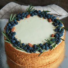 Pretty Birthday Cakes, Pretty Cakes, Easy Cake Decorating, Cake Decorating Techniques, Cupcakes, Cupcake Cakes, Cake Recipes, Dessert Recipes, Delicious Desserts