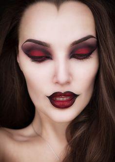 15 Witch Halloween makeup looks – Halloween Make Up Ideas Halloween Makeup Looks, Costume Halloween, Scary Halloween, Halloween Designs, Halloween Ideas, Girl Halloween, Halloween 2017, Halloween Party, Halloween Tutorial