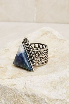 ☆ http://www.earthboundtrading.com/what-s-new/blue-triangle-ring ☆ https://es.pinterest.com/iolandapujol/pins/