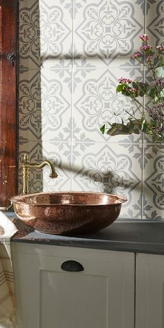 Wood-effect porcelain floor tiles are on trend, with brick or stone-effect tiles for walls. Or add colour with a glass splashback, large decorative glass tiles or hexagon mosaics. Contemporary Kitchen Tiles, Modern Contemporary, Splashback, Wall Tiles, Tile Floor, Mosaic, Bathroom, Home Decor, Room Tiles