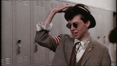 """Phil """"Duckie"""" Dale (Jon Cryer) Pretty in Pink. Pink Movies, 80s Movies, Great Movies, 1980s Films, Awesome Movies, Iconic Movies, Motivacional Quotes, Tv Show Quotes, Film Quotes"""