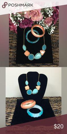 "3-PC Necklace & Bracelet Set Very Pretty Mint & Peach Necklace! 11"" Long with 3"" Extender with Mint & Peach Bracelet! Jewelry"