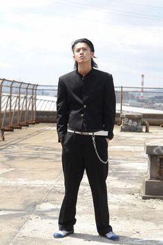 Genji Wallpaper, Zero Wallpaper, The Crow, Japanese Streets, Japanese Street Fashion, Genji Crows Zero, Japanese Gangster, Japan Fashion, Mens Fashion