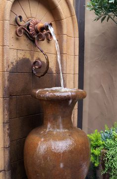 Water Fountain Outdoor Ideas The range of exterior fountains of soothing walls takes your breath away. Adding outdoor water features to your garden, patio or deck is one of the best ways to add… Tuscan Garden, Tuscan House, Water Features In The Garden, Garden Features, Garden Art, Garden Design, World Decor, Under The Tuscan Sun, Garden Fountains