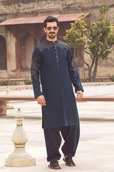 Pakistan Men's kurta design,Dress Design & collection Designer Clothes For Men, Designer Dresses, Pathani Suit Men, Fashion Suits, Mens Fashion, Latest Dress Design, Gents Kurta, Kurta Men, Mens Kurta Designs